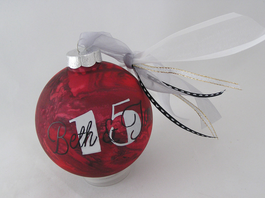 Personalized wedding christmas ornament - Undefined